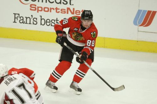 THROWBACK THURSDAY: While celebrating a 1,000 game, a lookback at a Patrick Kane first at the United center
