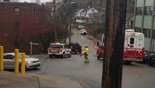 Gas line struck in Mt. Lebanon; homes being evacuated