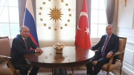 With Syrian ceasefire ticking down, Erdogan travels to Russia to meet Putin and talk peace