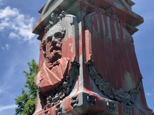 Historic Confederate monument vandalized in Bardstown cemetery