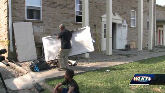 Families return to apartment complex after fire left 30 people displaced