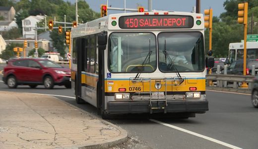Robber attempts to escape on MBTA bus after Lyft getaway falls through