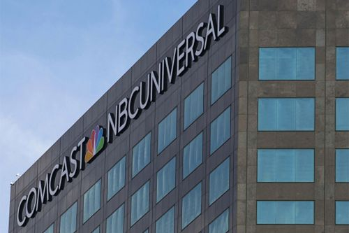 Justice Department backs off Comcast-NBCUniversal merger probe