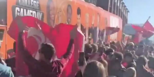 ESPN's 'College GameDay' is going to Washington State after 15 years of waiting and fans are already going absolutely bonkers