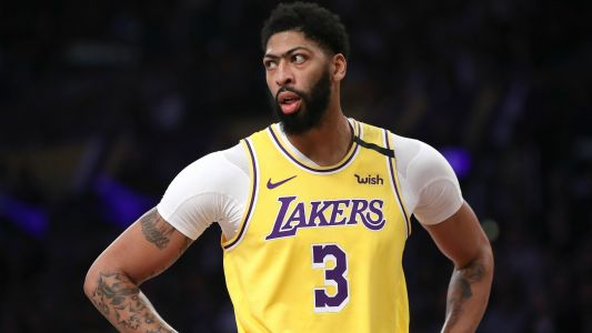Lakers' Anthony Davis to wear own name on jersey