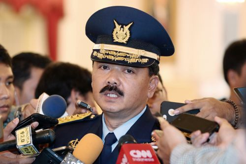 Indonesian military says submarine missing with 53 on board