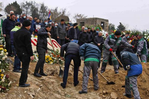 Armenia Buries Its Dead but Can't Put to Rest the Horrors of Recent War