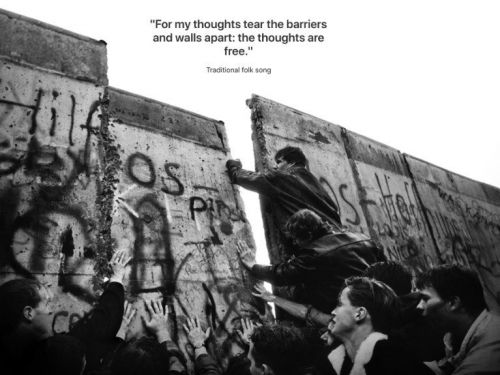 Apple commemorates 30 years since the fall of the Berlin Wall