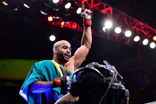 Warlley Alves had every reason to dance after UFC 237 win - and so he flossed