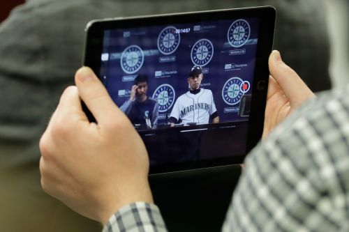 MLB eyes giving teams streaming rights challenging pay-TV model