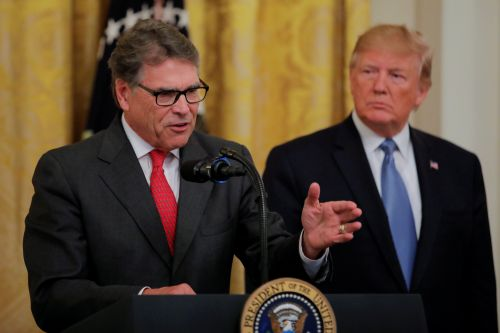 Rick Perry tells Trump he's resigning as energy secretary: reports