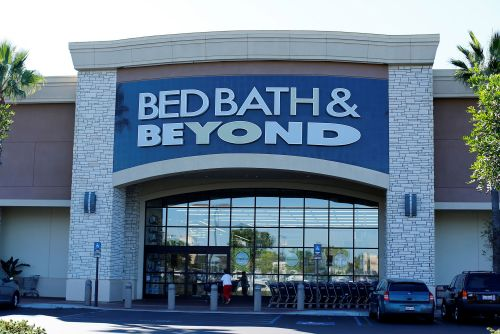 Bed Bath & Beyond cuts 7 percent of corporate staff