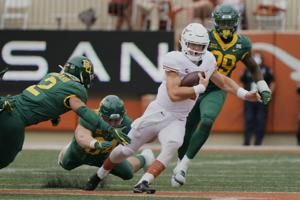 Ehlinger helps Texas beat Baylor 27-16 to end skid