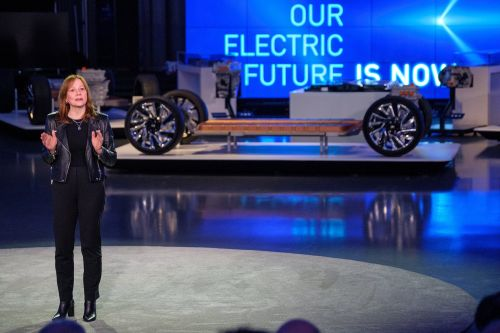 General Motors and Honda are expanding their electric-vehicle partnership. That collaboration could be a model for the rest of the industry