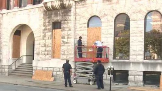 Louisville Metro spent nearly $30K to board up downtown buildings during unrest