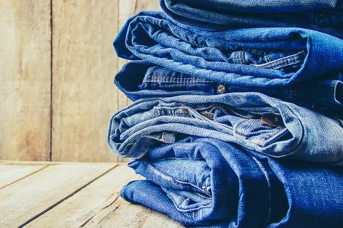 VF Corp. to spin off Lee and Wrangler jeans