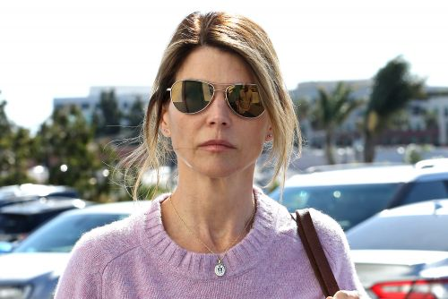 Lori Loughlin hit with new bribery charges in college admissions scandal