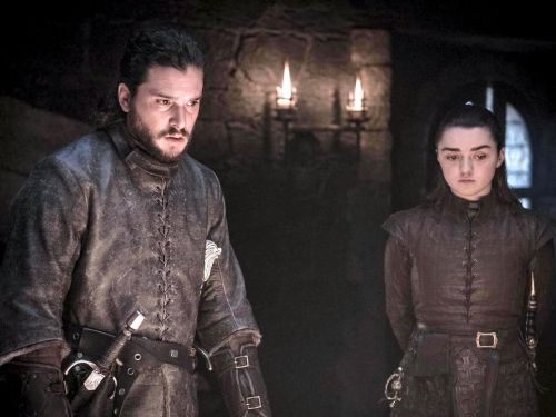 14 new photos from the coming 'Game of Thrones' episode tease final moments before a battle at Winterfell