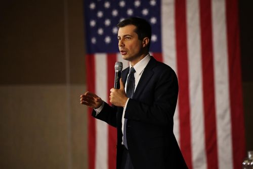 Buttigieg gets air support in New Hampshire