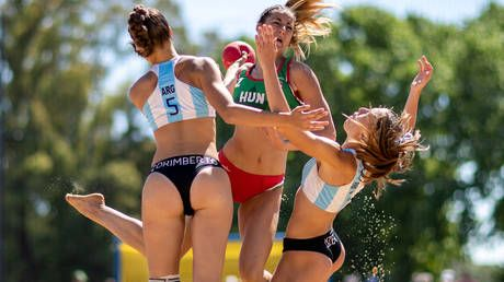 Insane acrobatics & spectacular jump shots: Why beach handball deserves a spot on Olympic schedule