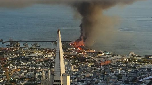 Massive fire breaks out at San Francisco's iconic Fisherman's Wharf | VIDEO