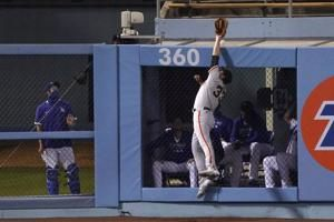 Homer happy: Dodgers pummel Samardzija, Giants 7-2