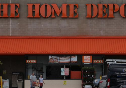 Possible gas leak forces evacuation of Home Depot in Ross