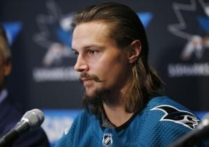 Erik Karlsson looks to fit in on 1st day with Sharks