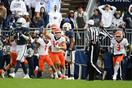 Illinois upsets Penn State in first nine-overtime game in NCAA history
