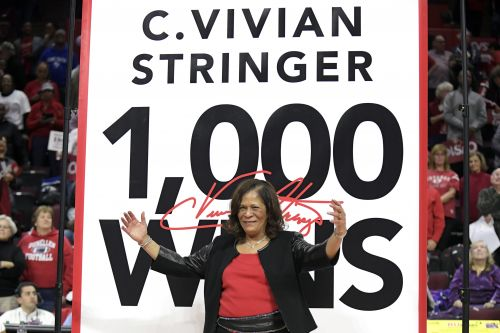 Rutgers women's coach C. Vivian Stringer reaches 1,000 wins