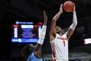 Toppin's 22 points lead No. 6 Dayton over Rhode Island 81-67