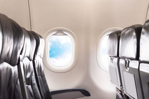 Congress fighting for legroom on planes in proposed legislation