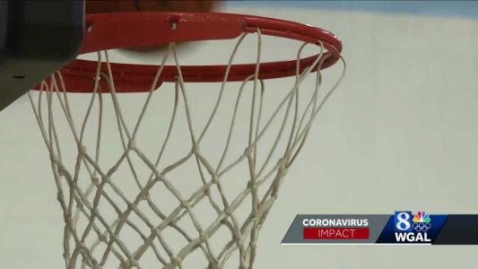 How do high school basketball programs adapt to COVID-19 restrictions?