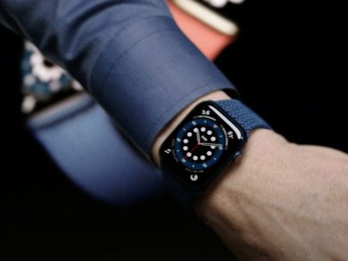 Apple is reportedly closer to adding a glucose monitor and body temperature sensor to future Apple Watches