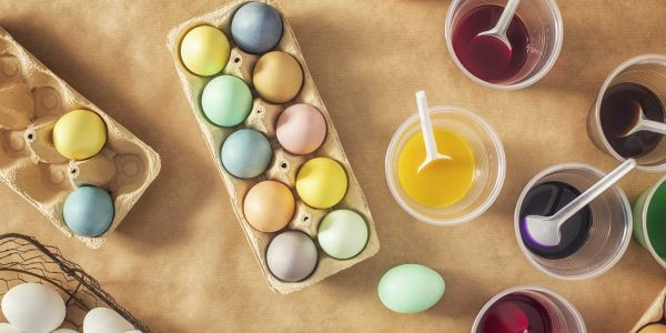 Is it safe to eat dyed Easter eggs?