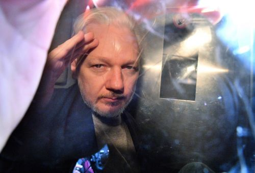 WikiLeaks founder Julian Assange charged with publishing classified info