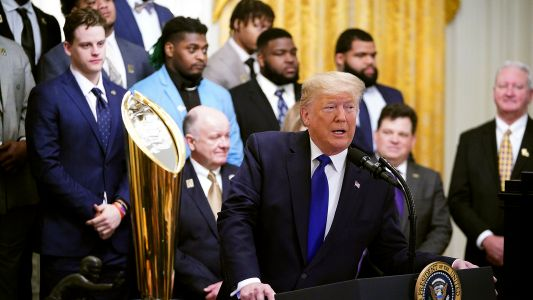 Donald Trump makes impeachment joke during LSU's visit to the White House