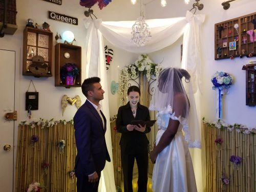Inside NYC's 'first and only' walk-in wedding chapel