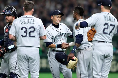 The baseball season started with touching Ichiro moment