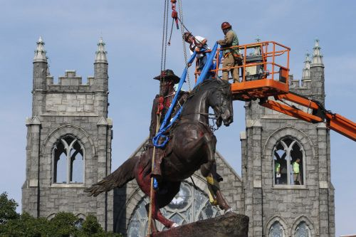 160 Confederate symbols taken down in 2020, according to Southern Poverty Law Center