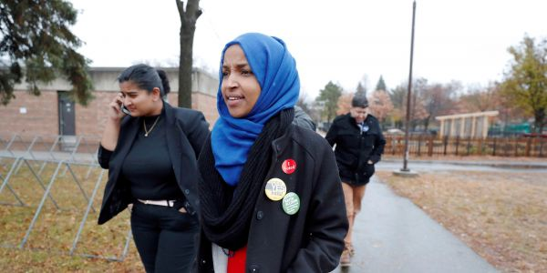 Rep. Ilhan Omar apologizes over tweets with 'anti-Semitic tropes' after Pelosi, other Democrats condemned her statements