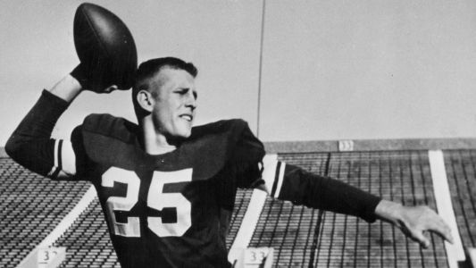 Hall of Fame receiver Tommy McDonald dies at 84