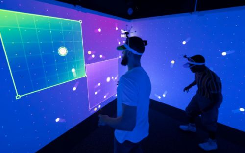 Electronic Theatre brings immersive group gaming to physical rooms