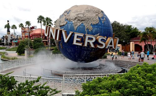 Universal Orlando proposes reopening in first week of June