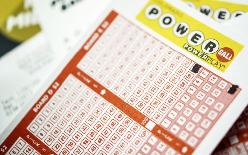 Numbers announced for projected $470 million Powerball jackpot