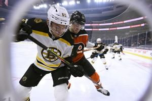 Sean Couturier's goal gives Flyers 3-2 home win over Bruins