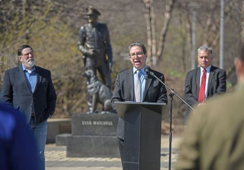 As weather warms, city officials stress social distancing
