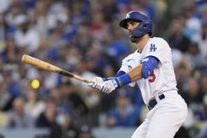 Taylor hits 3 HRs, Dodgers beat Braves 11-2 to extend NLCS