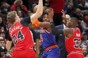 Bulls' White sets club mark with seven 3s to beat Knicks