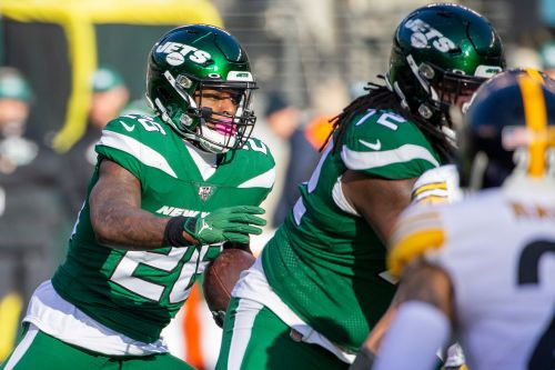 Jets would be wrong to give up on Le'Veon Bell now